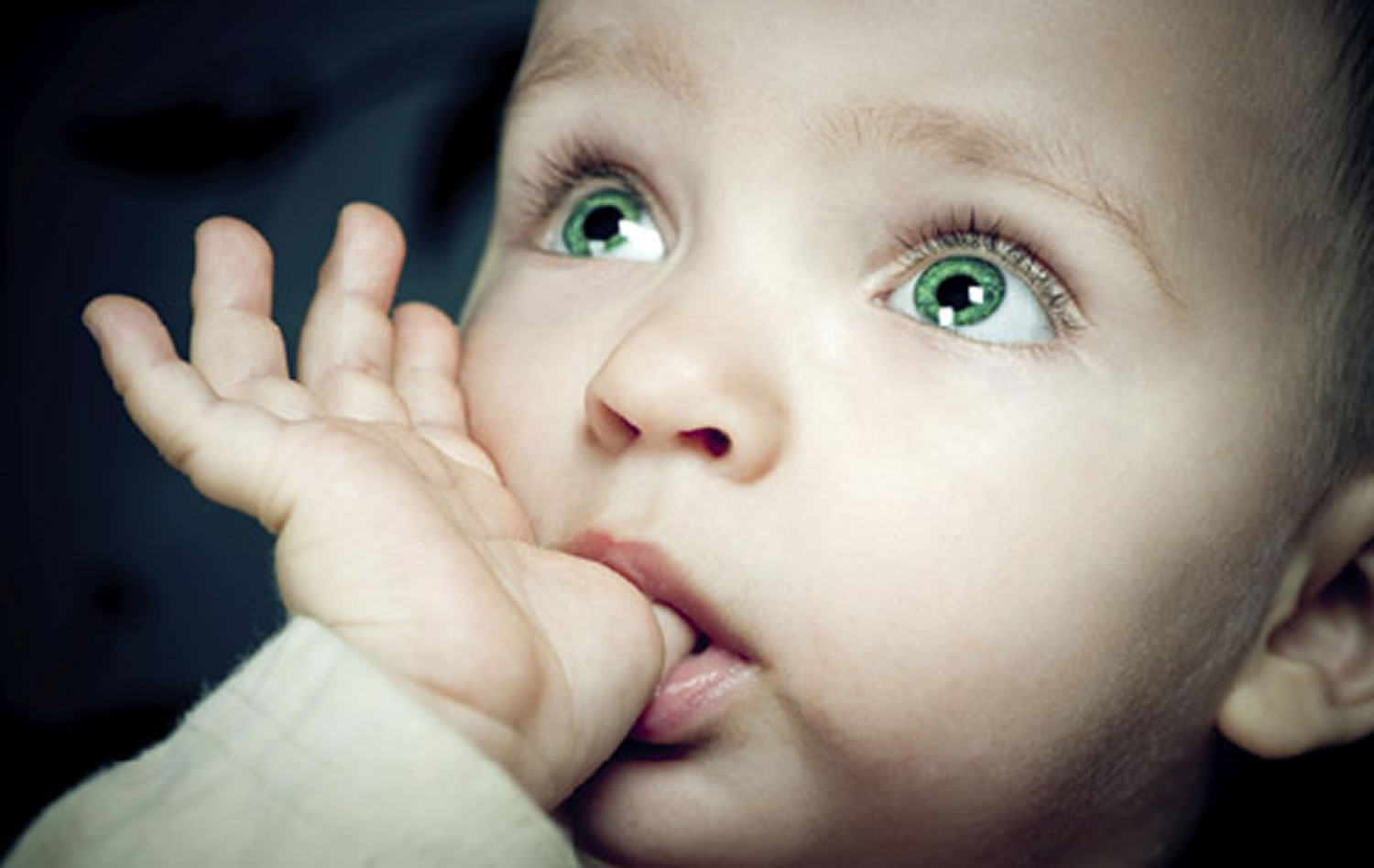 Thumb sucking in infants reasons ways to stop it