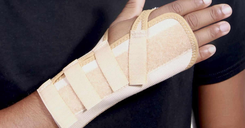 Buckle fracture splint